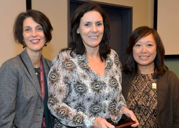 Respiratory therapy clinical coordinator Sandi Ellis (centre) with program chair Fiona Cherryman (left) and respiratory therapy professor Felita Kwan (right)